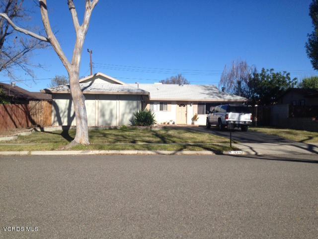 2149 Cutler Street, Simi Valley, CA 93065 (#218006320) :: The Fineman Suarez Team