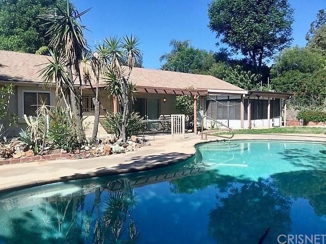 12538 Woodley Avenue, Granada Hills, CA 91344 (#SR18125199) :: Heber's Homes