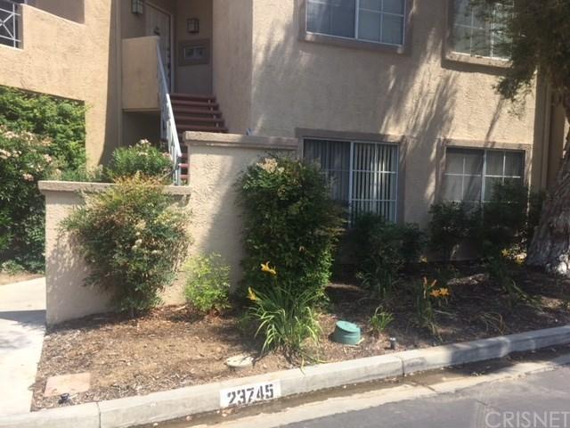 23745 Del Monte Drive #153, Valencia, CA 91355 (#SR18133743) :: Paris and Connor MacIvor