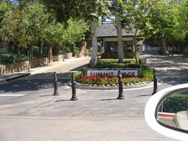 0 S Summit Ridge Circle, Chatsworth, CA  (#SR18144381) :: Paris and Connor MacIvor
