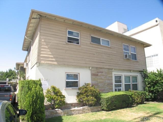 11041 Moorpark Street, Toluca Lake, CA 91602 (#SR18147258) :: Golden Palm Properties