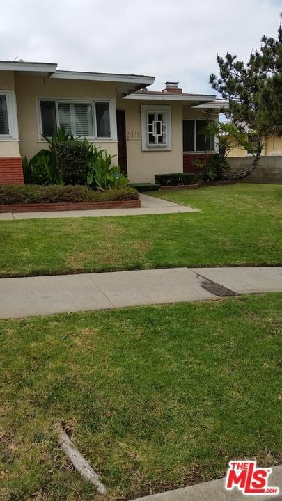 2319 W 102ND Street, Inglewood, CA 90303 (#18357130) :: Fred Howard Real Estate Team