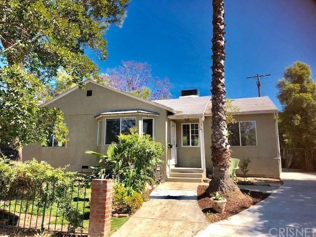 17566 Hatteras Street, Encino, CA 91316 (#SR18152261) :: Lydia Gable Realty Group