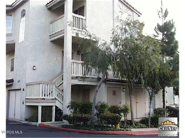 685 Parkside Court #101, Oak Park, CA 91377 (#218008555) :: Lydia Gable Realty Group