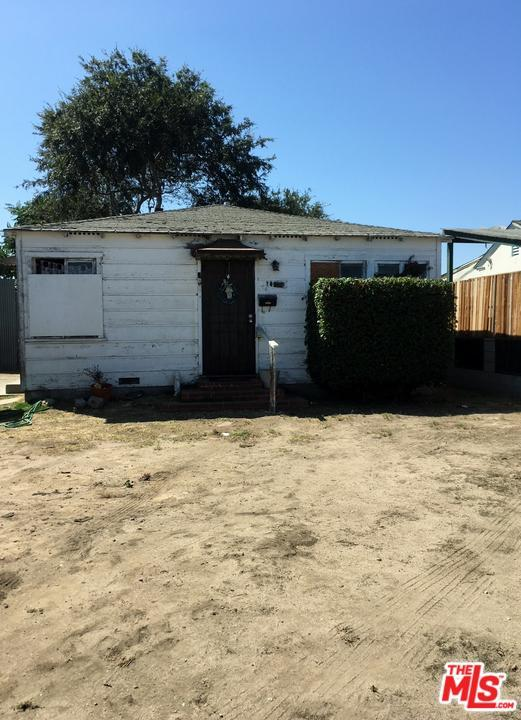 10619 Felton Avenue, Inglewood, CA 90304 (#18384700) :: Fred Howard Real Estate Team