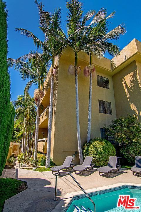 4430 Noble Avenue #301, Sherman Oaks, CA 91403 (#18388348) :: TruLine Realty