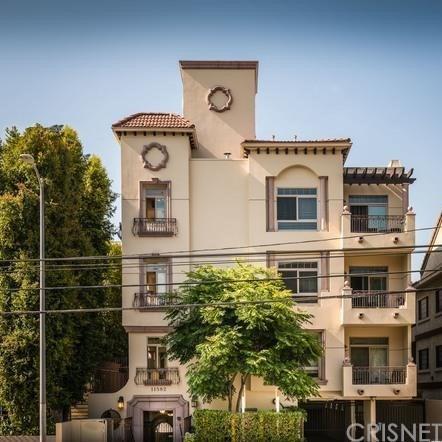 11582 Moorpark Street Ph 3, Studio City, CA 91602 (#SR18248138) :: Golden Palm Properties