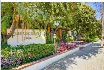 12830 S Burbank Boulevard #319, Valley Village, CA 91607 (#SR18255620) :: Lydia Gable Realty Group