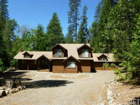 60160 Cascadel Drive N, North Fork, CA 93643 (#SR18273549) :: Paris and Connor MacIvor