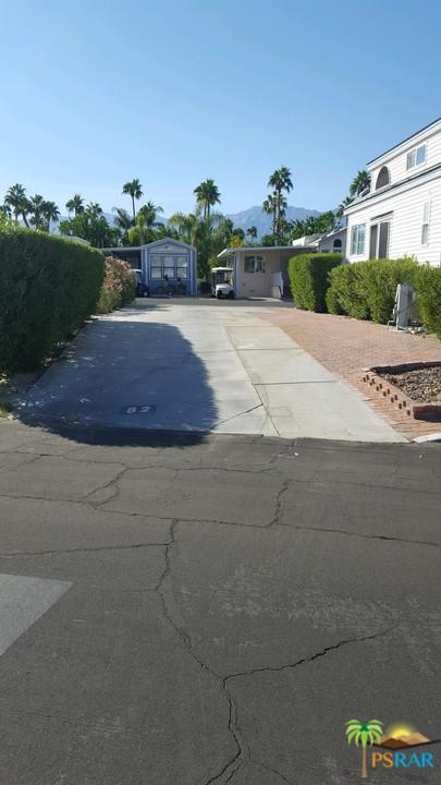 69801 Ramon Road #82, Cathedral City, CA 92234 (#18410752PS) :: Fred Howard Real Estate Team