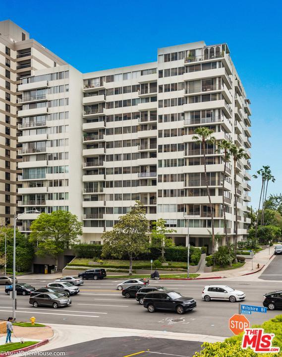 10433 Wilshire #1002, Los Angeles (City), CA 90024 (#19495414) :: Paris and Connor MacIvor