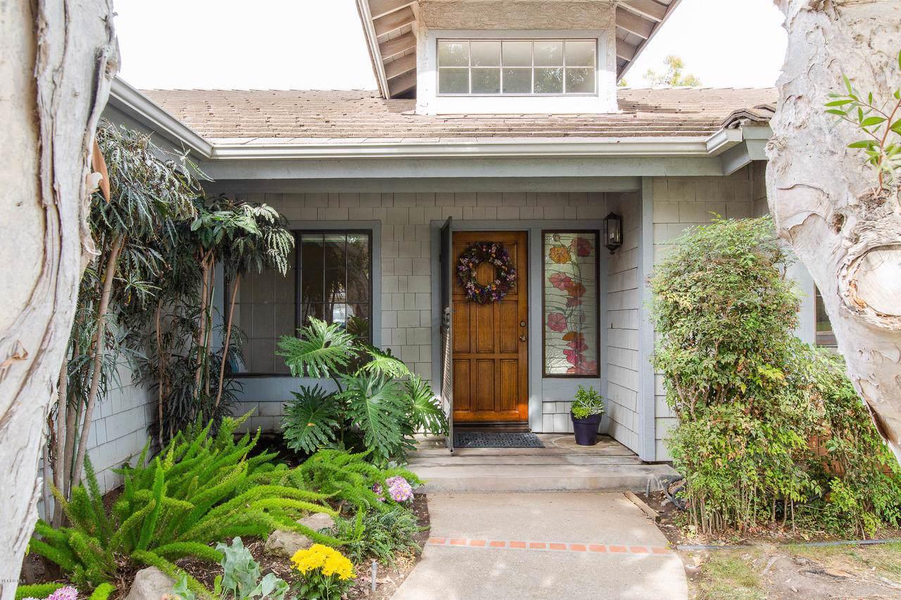 2701 Ivanhoe Avenue - Photo 1