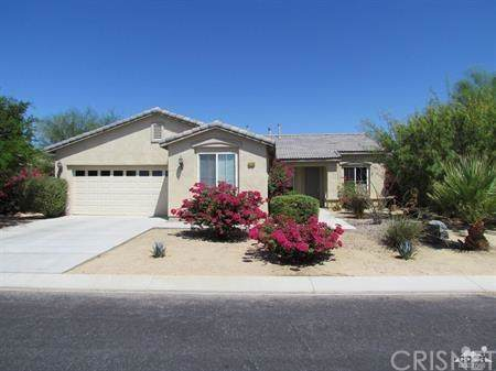 66866 Joshua Court, Desert Hot Springs, CA 92240 (#SR19259296) :: The Pratt Group