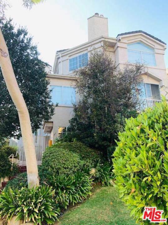 4429 Noble Avenue #2, Sherman Oaks, CA 91403 (#19521982) :: Golden Palm Properties