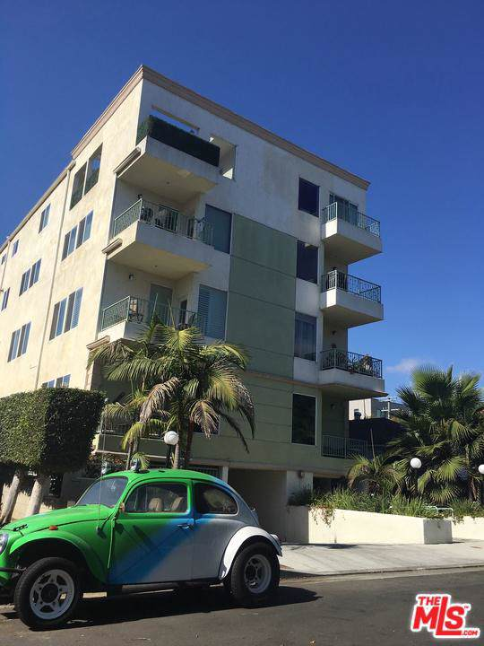 11801 Avon Way #5, Los Angeles (City), CA 90066 (#19528624) :: The Fineman Suarez Team