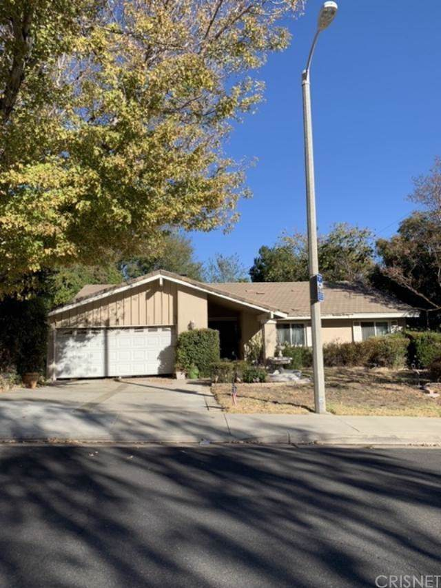 23503 Highland Glen Drive, Newhall, CA 91321 (#SR19267798) :: Lydia Gable Realty Group