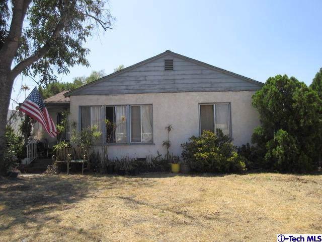 11026 Fleetwood Street, Sun Valley, CA 91352 (#319004640) :: Pacific Playa Realty