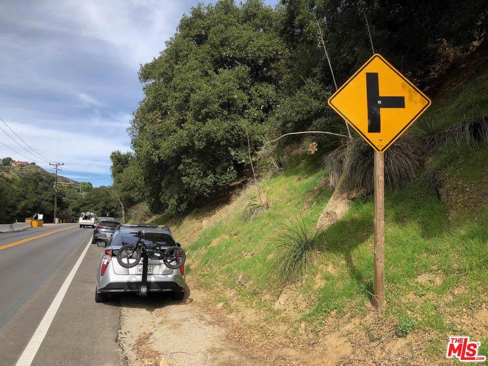 2 Topanga Canyon Blvd - Photo 1