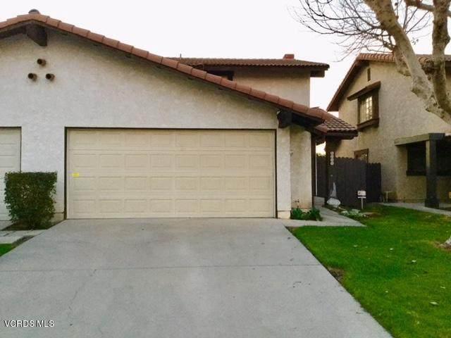 1025 Rosewood Drive, Oxnard, CA 93030 (#220000636) :: Randy Plaice and Associates