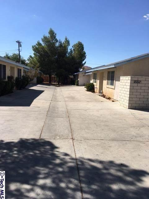 15512 Kiamichi Road, Apple Valley, CA 92307 (#320000714) :: The Suarez Team