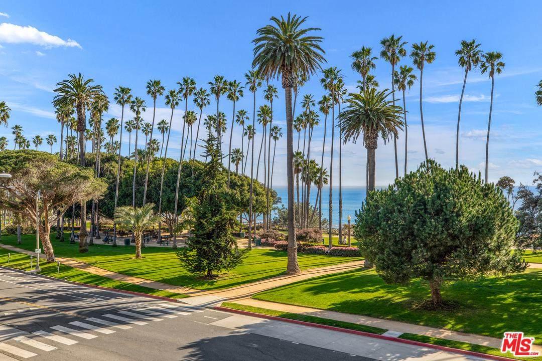 535 Ocean Ave - Photo 1