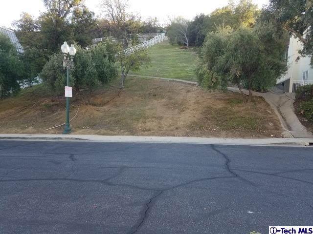 22406 N Summit Ridge Circle, Chatsworth, CA 91311 (#320000819) :: TruLine Realty