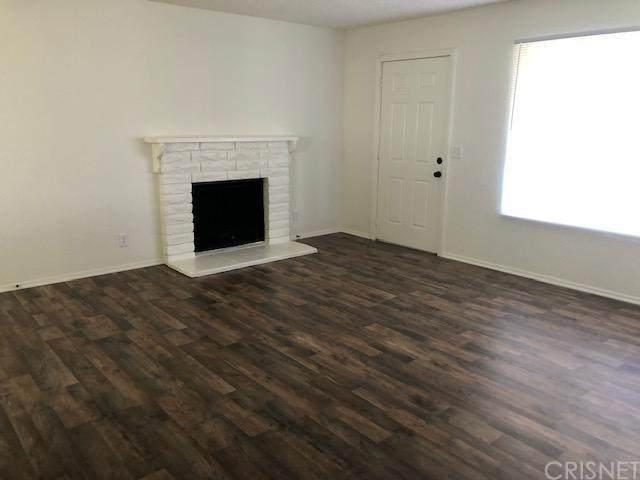 41035 168TH Street E, Lancaster, CA 93535 (#SR20065144) :: TruLine Realty
