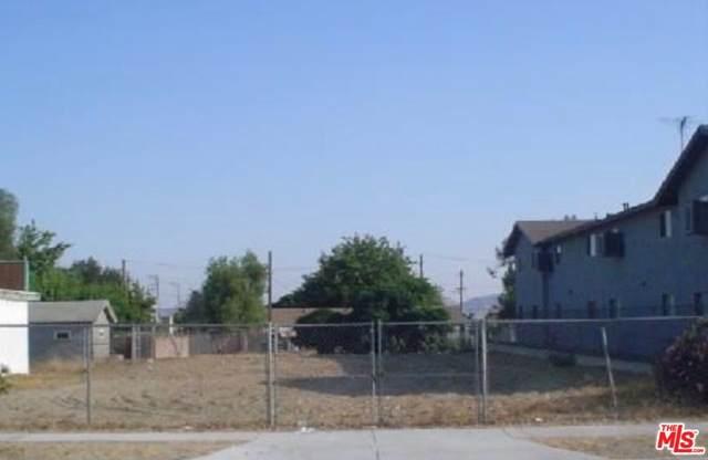 0 Valencia Ave, Fontana, CA 92335 (MLS #19-513250) :: The Sandi Phillips Team