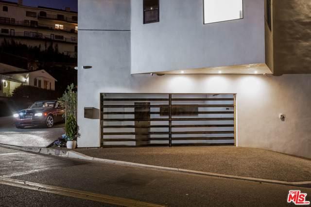 1680 Sunset Plaza Dr - Photo 1
