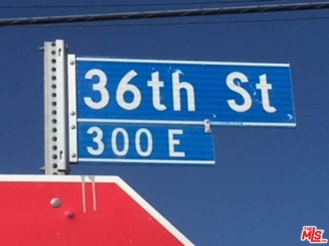 338 36TH St - Photo 1