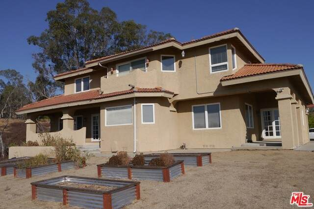 38630 Mesa Rd, Temecula, CA 92592 (MLS #19-530836) :: The John Jay Group - Bennion Deville Homes