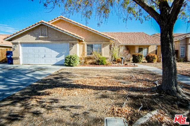 38922 Emerson Dr, Palmdale, CA 93551 (MLS #19-533146) :: The John Jay Group - Bennion Deville Homes