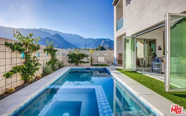 195 W Via Olivera, Palm Springs, CA 92262 (#20-542978) :: Randy Plaice and Associates
