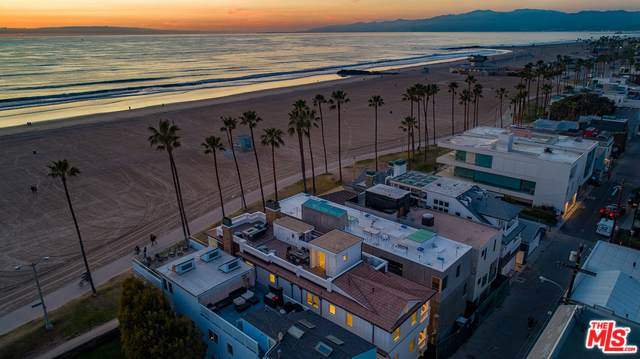 2715 Ocean Front Walk, Venice, CA 90291 (MLS #20-546962) :: Mark Wise | Bennion Deville Homes