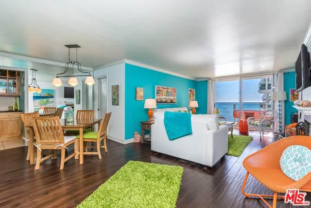 22548 Pacific Coast Hwy #205, Malibu, CA 90265 (MLS #20-549248) :: Zwemmer Realty Group