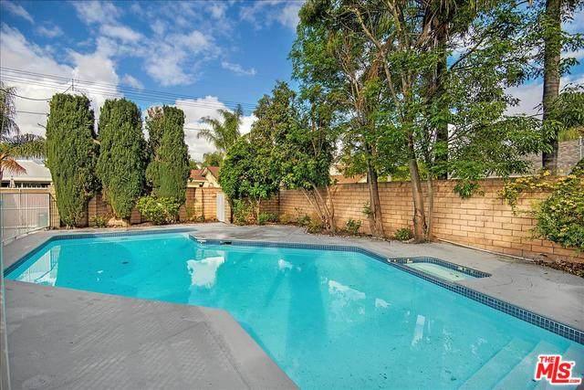 10013 Mason Ave, Chatsworth, CA 91311 (#20-553636) :: Randy Plaice and Associates