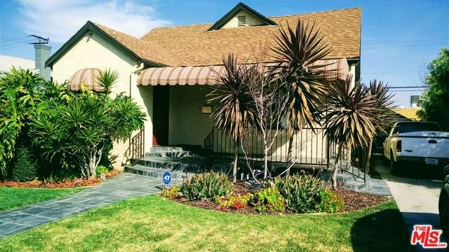 5126 S Victoria Ave, Los Angeles, CA 90043 (MLS #20-555666) :: The John Jay Group - Bennion Deville Homes