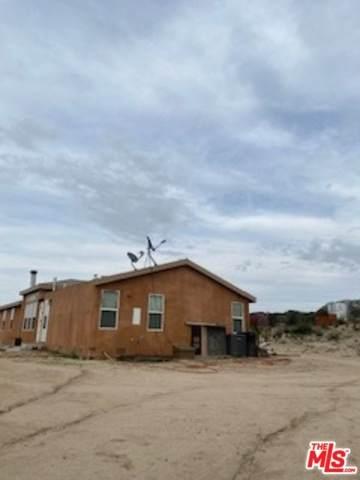 33830 Las Montanas Ct, Campo, CA 91906 (MLS #20-556886) :: The Jelmberg Team