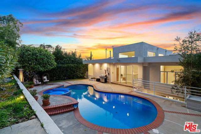 13860 Valley Vista, Sherman Oaks, CA 91423 (MLS #20-558024) :: Hacienda Agency Inc