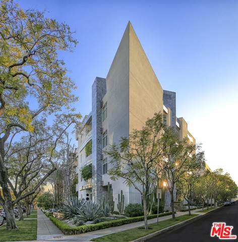 455 N Palm Dr #5, Beverly Hills, CA 90210 (MLS #20-558162) :: The Sandi Phillips Team