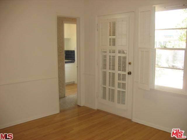 2517 Canfield Ave - Photo 1