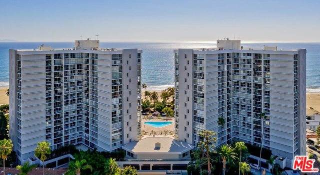 201 Ocean Ave 301P, Santa Monica, CA 90402 (MLS #20-561470) :: The Sandi Phillips Team