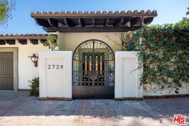 2729 Nichols Canyon Rd, Los Angeles, CA 90046 (MLS #20-564300) :: Hacienda Agency Inc