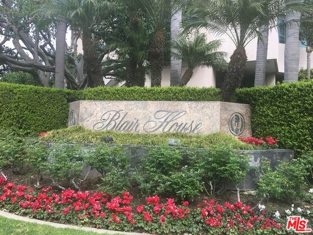 10490 Wilshire #706, Los Angeles, CA 90024 (MLS #20-565230) :: The John Jay Group - Bennion Deville Homes