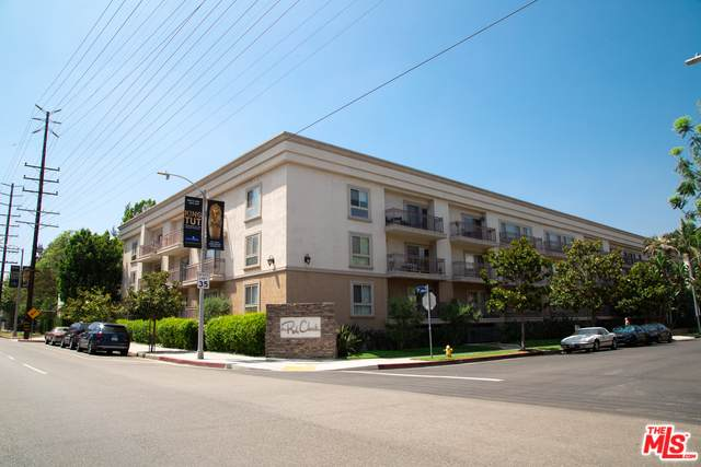 141 S Clark Dr #315, West Hollywood, CA 90048 (MLS #20-567052) :: The Jelmberg Team