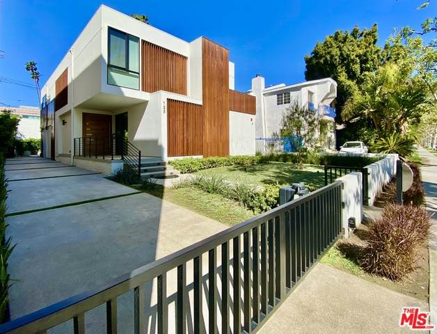 125 N Stanley Dr, Beverly Hills, CA 90211 (MLS #20-567116) :: The Jelmberg Team