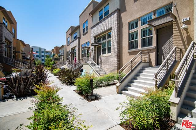 5451 Ocean #106, Hawthorne, CA 90250 (#20-567872) :: Randy Plaice and Associates