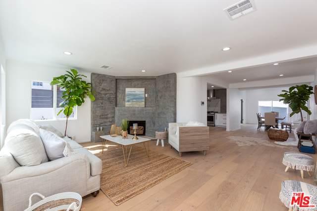 2845 S Barrington Ave, Los Angeles, CA 90064 (#20-570296) :: The Pratt Group