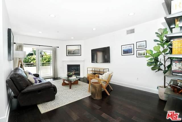 1622 Barry Ave #201, Los Angeles, CA 90025 (#20-571690) :: The Pratt Group