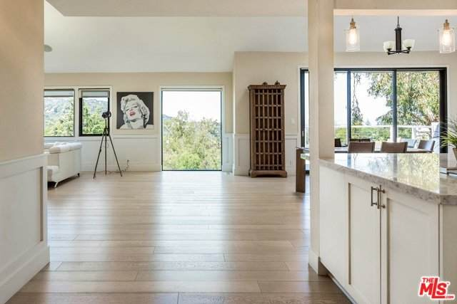 3345 Tareco Dr, Los Angeles, CA 90068 (#20-572588) :: The Pratt Group